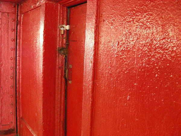 Reddoor2jpg